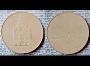 Meissen Porzellan/Steinzeug Medaille 63 mm Georgentor (Dresden) weiss (n394