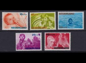 Niederlande Mi. 866-870 postfrisch Voor het Kind 1966 (80053