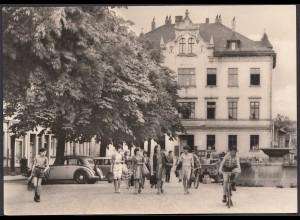 AK Triptis Thüringen Am Marktplatz Oldtimer (26355