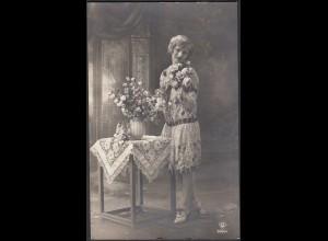 AK Frauen Modell Rosen 1931 gelaufen von Lette - Drensteinfurt (65200